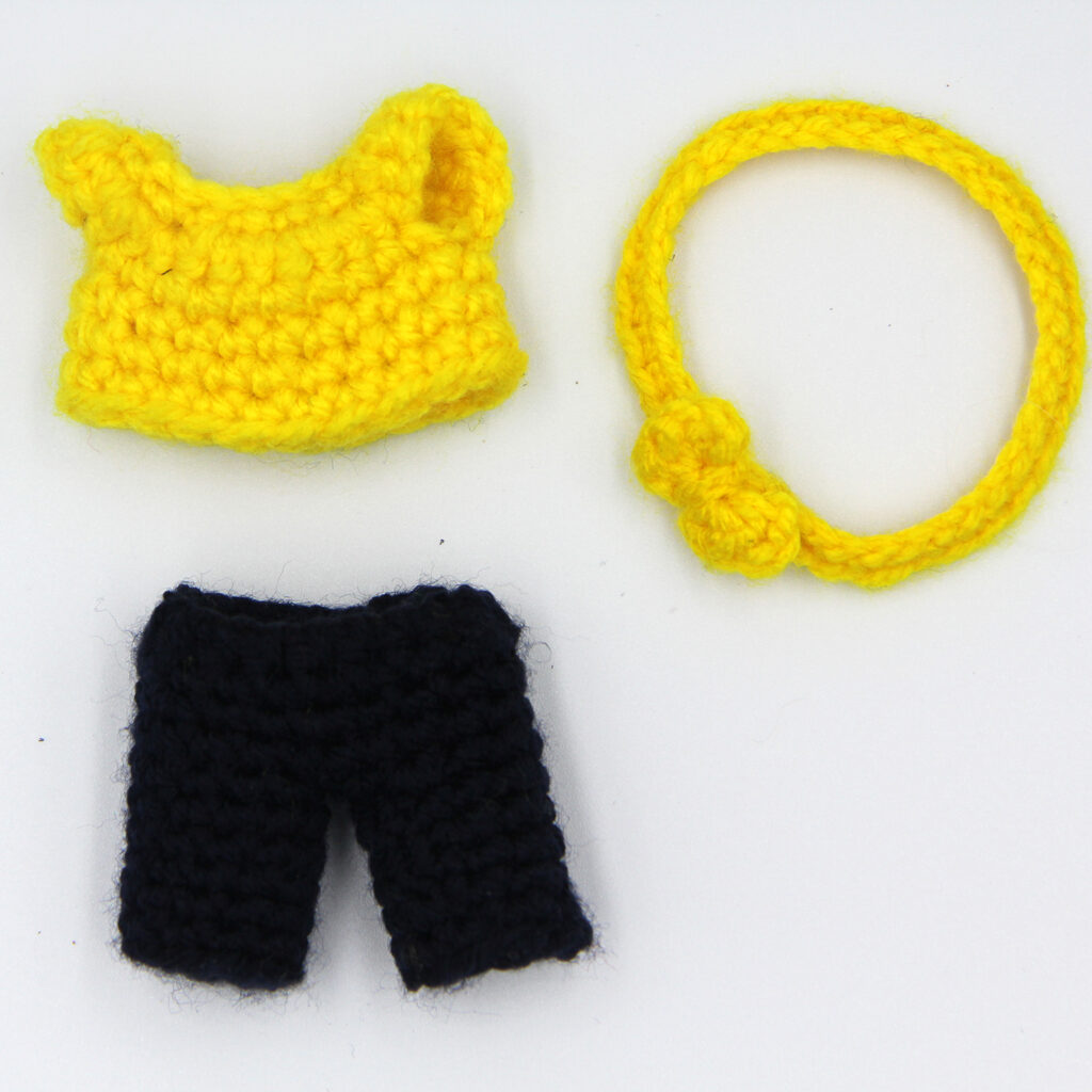 Clothes for Noor the mini crochet doll